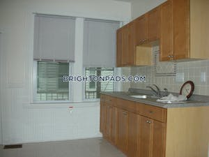 Brighton 2 Beds 1 Bath Boston - $1,875 No Fee