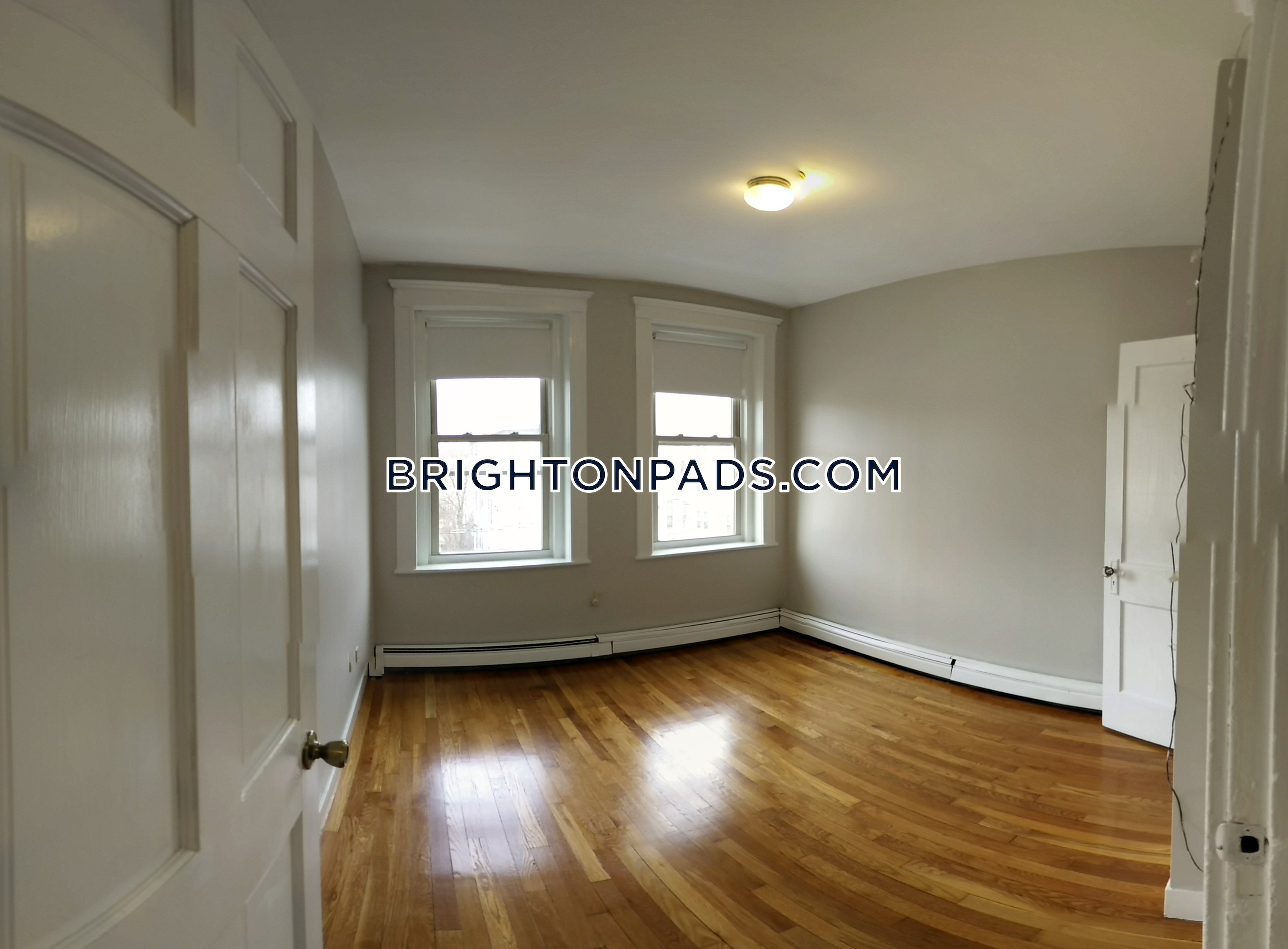 Great 2 bedroom apartment in Brighton one block from Commonwealth ave - Boston - Brighton- Washington St./ Allston St. $2,100