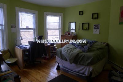Mission Hill Apartment for rent 3 Bedrooms 1 Bath Boston - $2,850